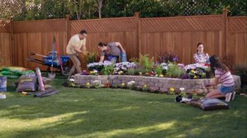 Lowe's TV Spot, 'Do Summer Right: Mulch and Garden Soil' - Thumbnail 1