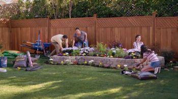 Lowe's TV Spot, 'Do Summer Right: Mulch and Garden Soil' - Thumbnail 2