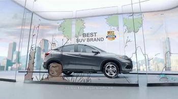 2019 Honda HR-V LX TV Spot, 'City Living & Outdoor Adventure' [T2] - Thumbnail 5