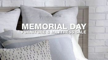 Macy's Memorial Day Furniture & Mattress Sale TV Spot, 'Storage Bed and Adjustable Base' - Thumbnail 1