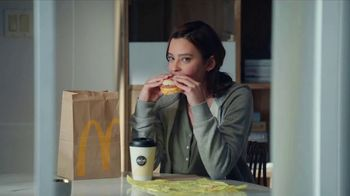 McDonald's Biscuit and McGriddles TV Spot, 'Sharing' - Thumbnail 4