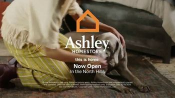 Ashley HomeStore Columbus Day Sale TV Spot, 'Save 30 Percent' Song by Midnight Riot - Thumbnail 10