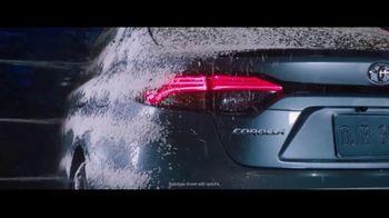 2020 Toyota Corolla TV Spot, 'Rainy Day' Song by Chaka Khan [T1] - Thumbnail 2