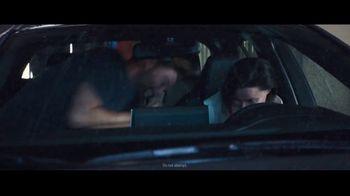 2020 Toyota Corolla TV Spot, 'Rainy Day' Song by Chaka Khan [T1] - Thumbnail 6
