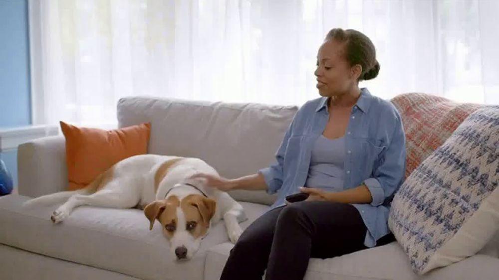 Febreze PLUG TV Commercial, 'Nuevo comienzo'