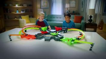 Hot Wheels Colossal Crash TV Spot, 'Never Give Up'