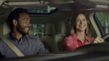 2019 Lincoln MKC TV Spot, 'Waze World Features: Weekend Mix' Song by Justin Jay [T2] - Thumbnail 8