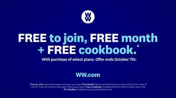 WW TV Spot, 'Yvonne and Gracie: Free to Join, Free Month and Cookbook' Featuring Oprah Winfrey - Thumbnail 7