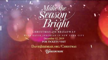 Make the Season Bright TV Spot, '2019 Beacon Theatre' - Thumbnail 9