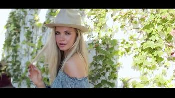Rock and Roll Cowgirl TV Spot, 'Options' Song by James Forest - Thumbnail 8