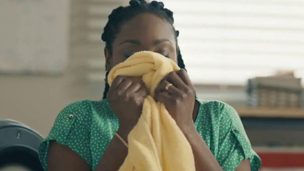 Gain Detergent Scent Blast TV Commercial, 'The More the Better' Song by Giacomo Puccini