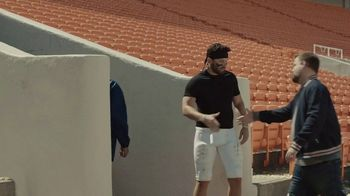 Progressive TV Spot, 'Baker Mayfield Cleans House' - Thumbnail 4