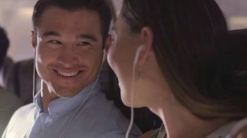 Hawaiian Airlines TV Spot, 'Welcome Aboard' - Thumbnail 6