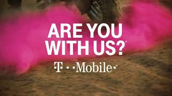 T-Mobile TV Spot, 'Signal: iPhone 11 Pro: Up to 50 Percent Off' Song by Aerosmith - Thumbnail 8