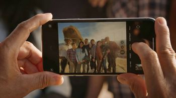 T-Mobile TV Spot, 'Signal: iPhone 11 Pro: Up to 50 Percent Off' Song by Aerosmith - Thumbnail 2