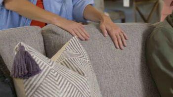 Bassett Custom Furniture Sale TV Spot, '30 Percent Off Customs & Up to 35 Percent Off Others' - Thumbnail 3