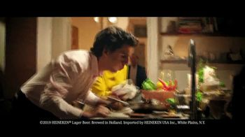 Heineken TV Spot, 'Holiday Troubles' Song by Patsy Ann Noble - Thumbnail 2