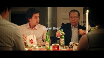 Heineken TV Spot, 'Holiday Troubles' Song by Patsy Ann Noble - Thumbnail 7