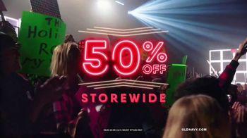 Old Navy TV Spot, 'Old Navy Tonight: 50 Percent Off' Feat. Neil Patrick Harris, Gillian Jacobs - Thumbnail 6