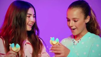 Lucky Fortune BFF Series TV Spot, 'Share Your Love' - Thumbnail 3