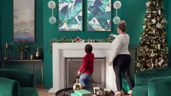 Target TV Spot, 'Pensando en ti' canción de Danna Paola [Spanish] - Thumbnail 8
