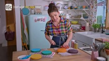Food Network Kitchen App TV Spot, 'Molly's Rainbow Cake: Leveling' - Thumbnail 6