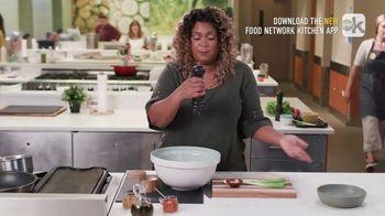 Food Network Kitchen App TV Spot, 'Sunny's Pepper Grinder Trick' - Thumbnail 6