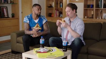 Hungry Howie's Stuffed Flavored Crust Pizza TV Spot, 'Contest: Howie Bread' Featuring Darius Slay