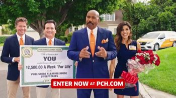 Publishers Clearing House TV Spot, '$2,500 a Week: Hey Folks' Featuring Steve Harvey - Thumbnail 4