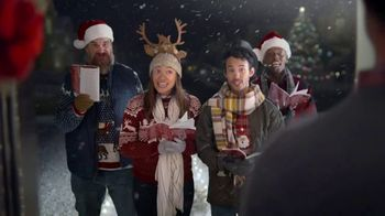 Capital One Walmart Rewards Card TV Spot, 'Holiday Hints' - Thumbnail 9
