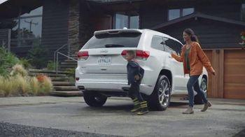 Jeep Días de Aventura TV Spot, 'Cuando llueve: Grand Cherokee' [Spanish] [T2] - Thumbnail 7