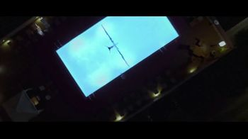 Apple iPhone TV Spot, 'Privacy on iPhone: Simple as That' Song by Dustin O'Halloran - Thumbnail 4