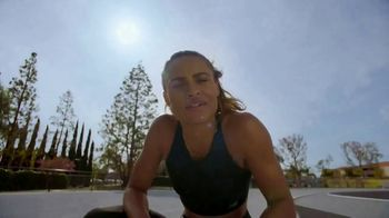 New Balance FuelCell TV Spot, 'A Speed Commercial' Featuring Sydney McLaughlin, Boris Berian - Thumbnail 7