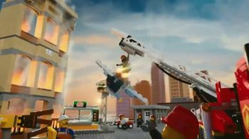 LEGO City TV Spot, 'Fire and Sky Police: Chaos in Lego City' - Thumbnail 5