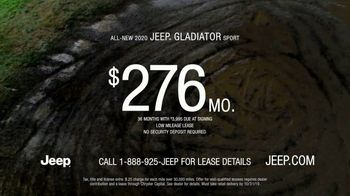 Jeep Gladiator TV Spot, 'Someone New to Play With' Song by Bobby Darin [T2] - Thumbnail 7
