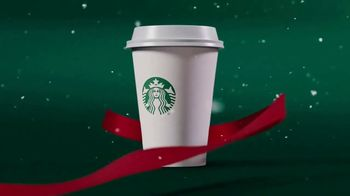 Starbucks Peppermint Mocha TV Spot, 'Moment of Merry' - Thumbnail 4