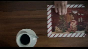 Shutterfly TV Spot, 'Anything Flys Holiday Gifts: 50 Percent Off' - Thumbnail 7