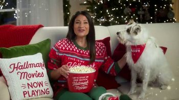 Hallmark Gold Crown Stores TV Spot, 'The Heart of Christmas' Featuring Larissa Wohl - Thumbnail 6