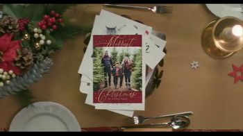 Shutterfly TV Spot, 'Anything Flys Holiday Cards' - Thumbnail 7