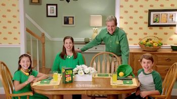 Keebler Club Crackers TV Spot, 'Prepare Less and Enjoy More' - Thumbnail 9