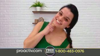 ProactivMD TV Spot, 'New Triple Brush Social (120s En - E12)' - Thumbnail 7