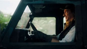 Zaxby's Southwest Chipotle Fillet Sandwich TV Spot, 'Adventure' Featuring Rhys Darby - Thumbnail 2