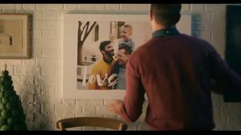 Shutterfly TV Spot, 'Anything Flys Holiday Family' - Thumbnail 5