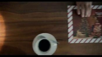 Shutterfly TV Spot, 'Anything Flys Holiday Family' - Thumbnail 7