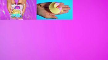 Lucky Fortune TV Spot, 'Cute Bracelet Surprise' - Thumbnail 3