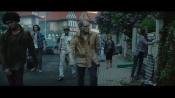Amazon Fire TV Cube TV Spot, 'Zombie: Martha and Snoop's Potluck Party Challenge'