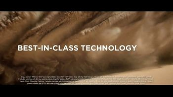Jeep Memorial Day Sales Event TV Spot, 'This Is the Legend' Song by The Kills [T2] - Thumbnail 3