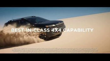 Jeep Memorial Day Sales Event TV Spot, 'This Is the Legend' Song by The Kills [T2] - Thumbnail 4