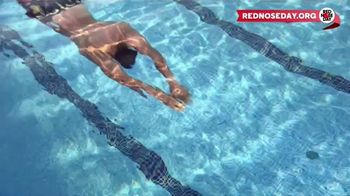 Macy's Memorial Day Sale TV Spot, 'Bold and Colorful Swimwear for Everyone' - Thumbnail 10