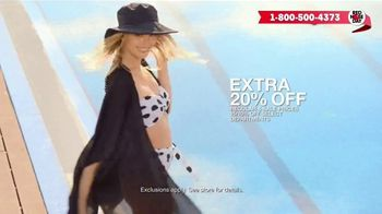 Macy's Memorial Day Sale TV Spot, 'Bold and Colorful Swimwear for Everyone' - Thumbnail 5